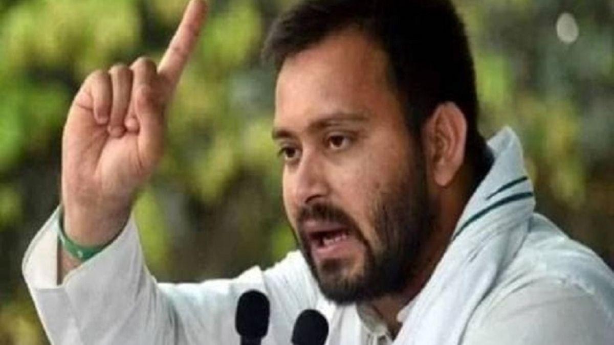 तेजस्वी ने भरी राघोपुर से हुंकार, कहा- राघोपुर की जनता विधायक नहीं, सीधे मुख्यमंत्री का चुनाव
