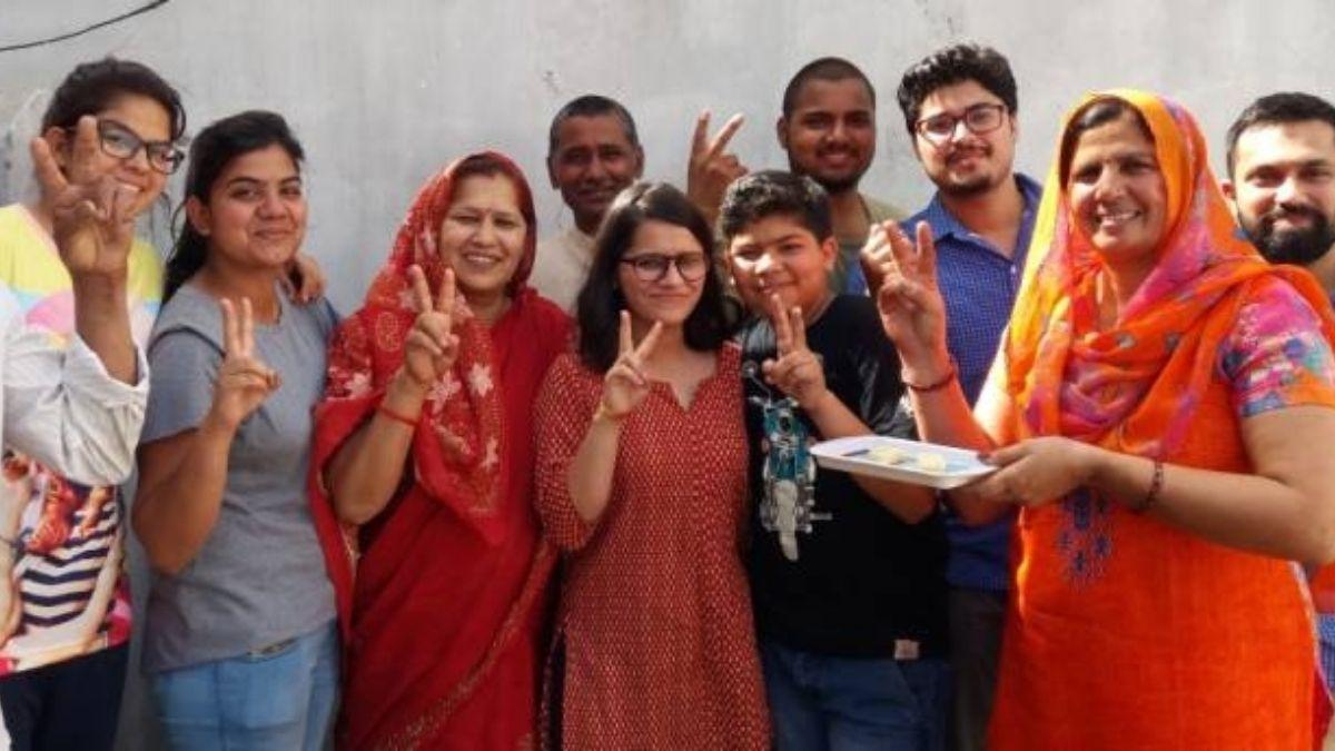 Kajal jwala AIR 28 2018 exam