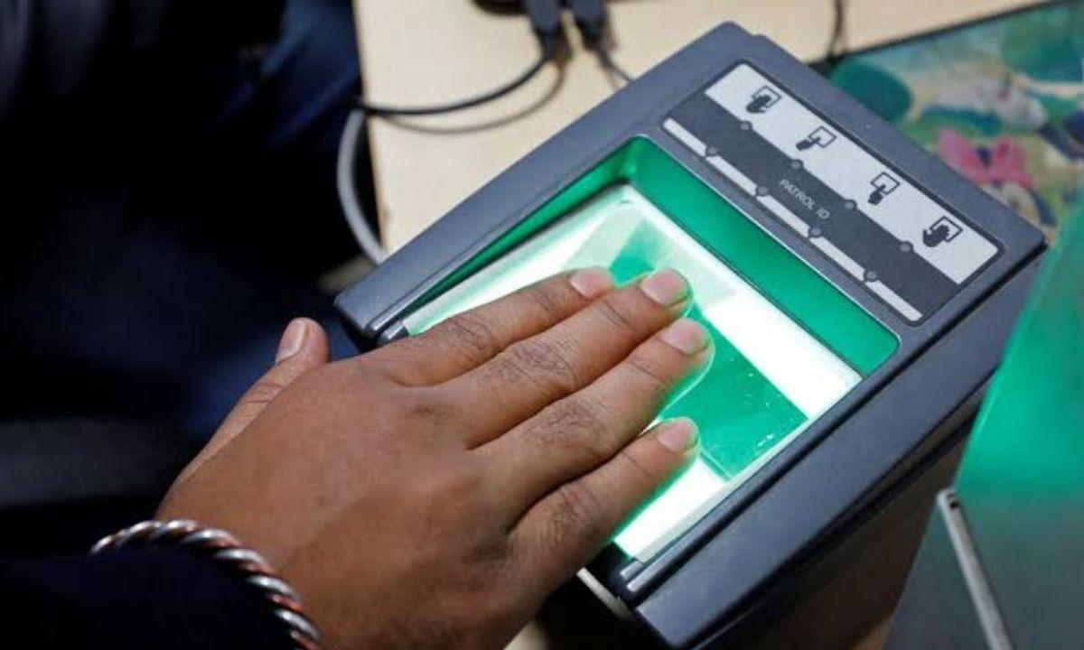 Scanning biometric
